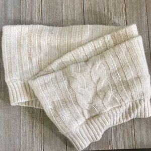 Accessories - Handmade cowl scarf